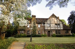 Historic Architecture in Myers Park Neighborhood