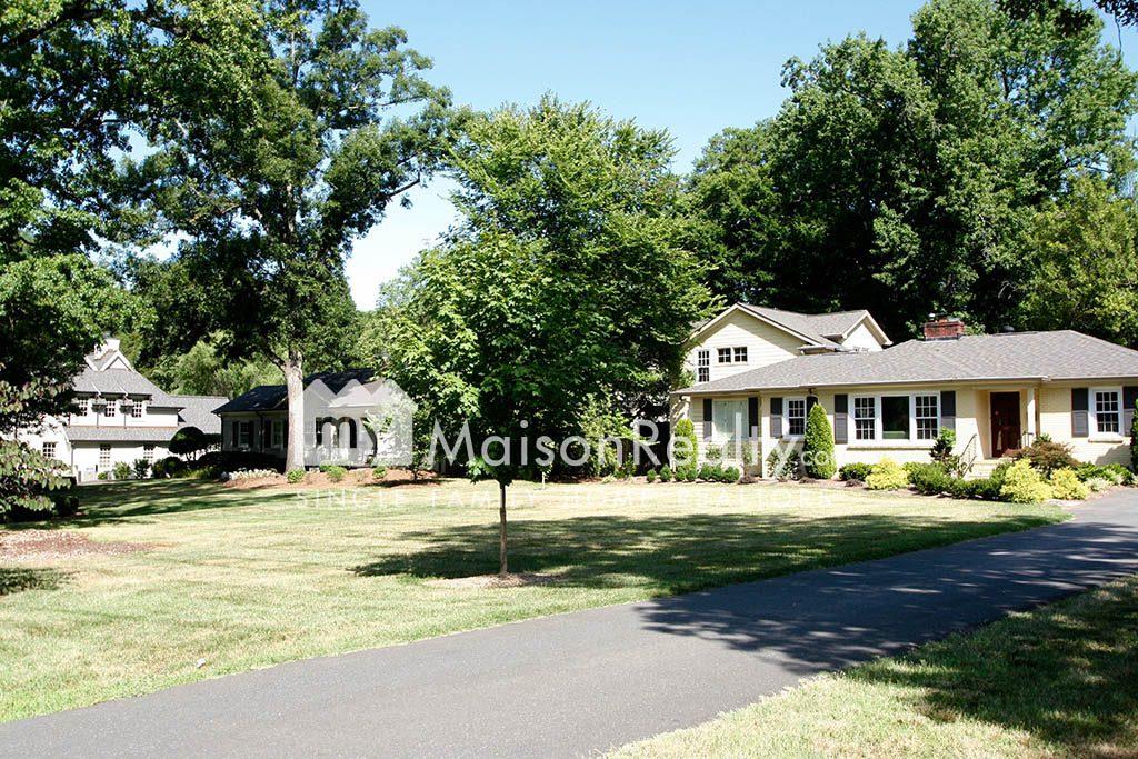 Cotswold neighborhood ranch-style homes
