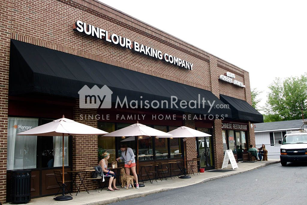 Sunflour Bakery at Pecan and 7th St.