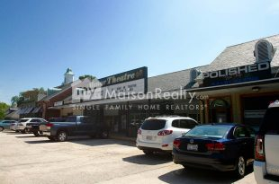 Manor Theater and entertainment in Eastover